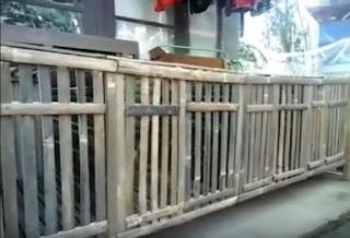 Kandang Untuk Kelinci Bambu Sederhana