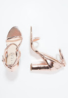 https://www.zalando.be/office-stripes-sandalen-rose-gold-of211l00j-f11.html
