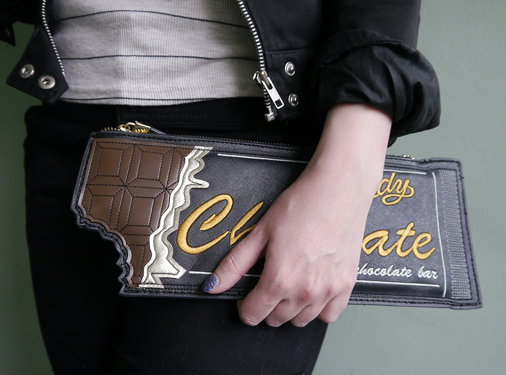 willy wonka inspired chocolate novelty clutch bag