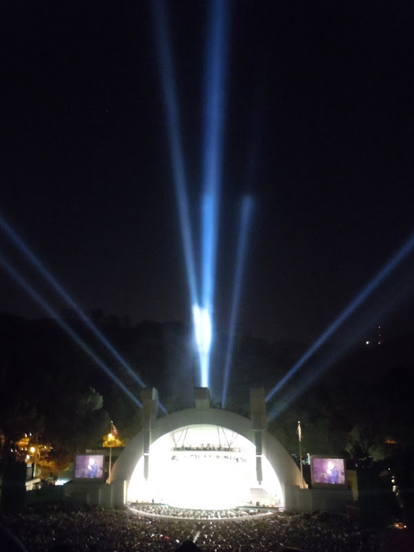 Eddie Izzard Hollywood Bowl lightshow