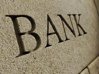 Perbedaan dan Persamaan antara Perbankan Syariah dan Konvensional