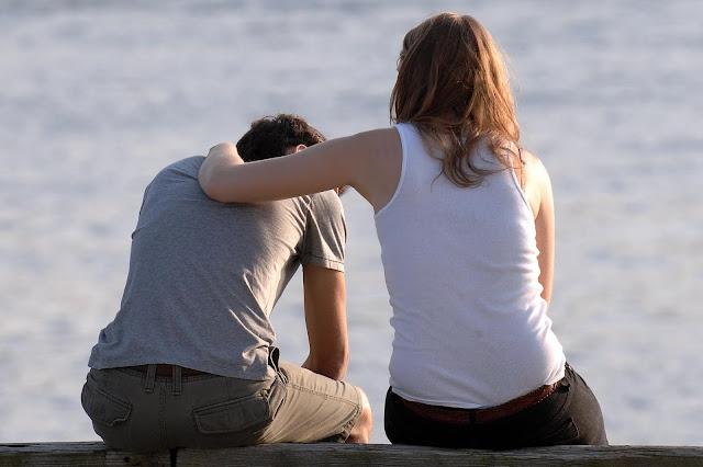 كيف تساعد صديقك المصاب بالاكتئاب؟