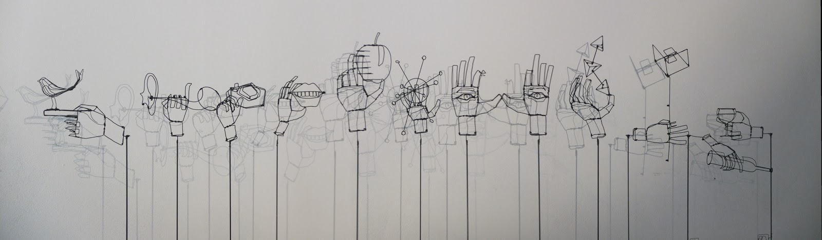 little shrubbery et au fil defer sculptures en fil de fer wire sculptures. Black Bedroom Furniture Sets. Home Design Ideas