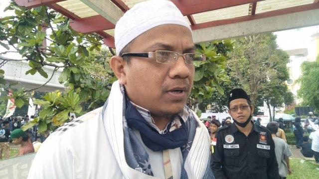 Sambut Habib Rizieq, Massa FPI dari Sukabumi Bertolak ke Jakarta