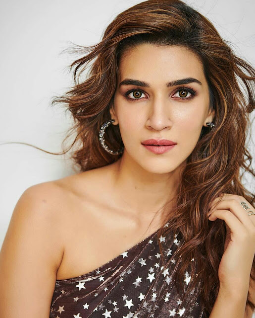 Kriti Sanon Latest Hot photoshoot 2020