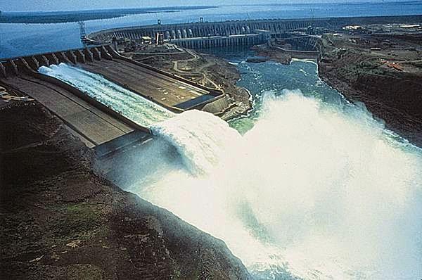 Généralités sur les barrages Barrages et ouvrages annexes  Barrages à contreforts Barrages voûtes Barrages en remblais (digues) Calcul de stabilité des barrages, Contrôle et surveillance des barrages