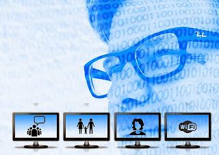 emprendedor digital sobre pantallas