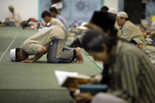 Niat Serta Fadhilah Sholat Sunnah Lailatul Qodar