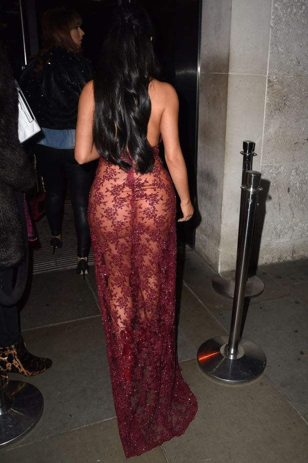 Demi Rose Mawby flaunts major cleavage