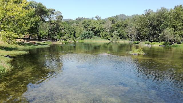 Rio Cávado e sua água cristalina