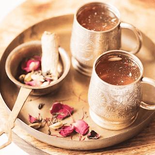 Kashmiri Tea / Kashmiri Kahwa