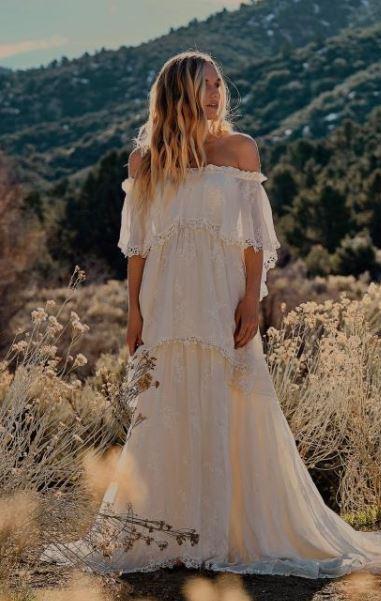 vestido largo branco em camadas