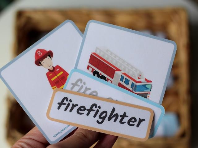 Jobs flashcards - zawody i przedmioty z nimi związane (do pobrania)