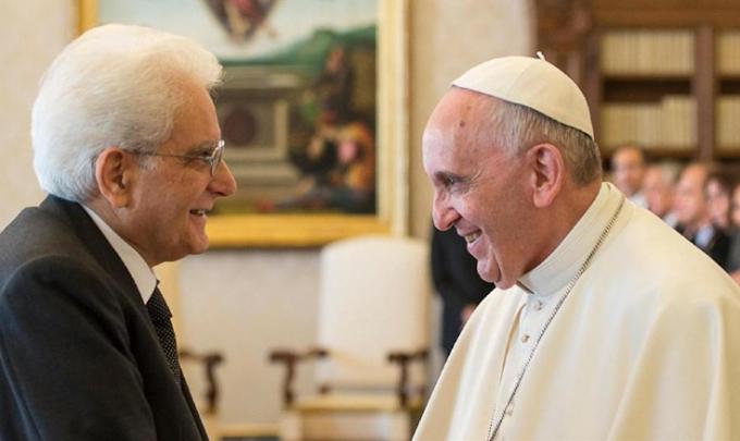Mattarella scrive al Papa: 'Suo invito alla fraternità è un richiamo per tutti'