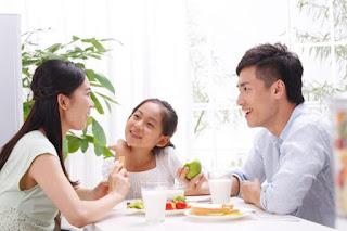 "<img src=""https://1.bp.blogspot.com/-J8Q61GXzBKs/V2ovALjUSdI/AAAAAAAAAGo/NIJ578dC1kwMib00lEh9GzNQ3yP3RYKvACLcB/s1600/ffff.jpg"" The food decreases acidity"" />"