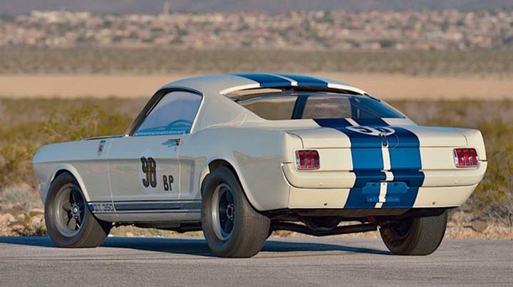 Ford Mustang cổ bán đấu giá 3,85 triệu USD
