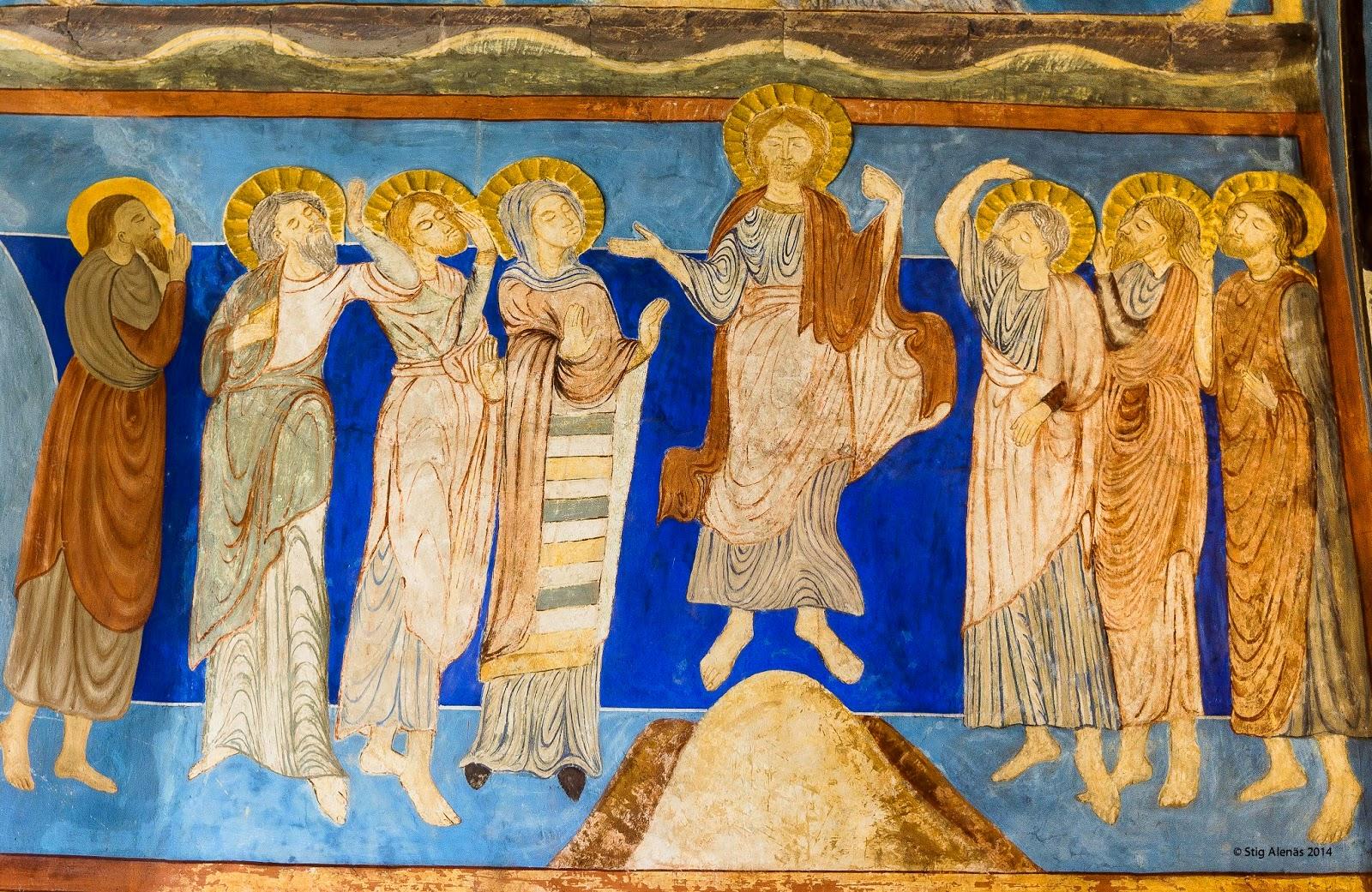 vault, illustrative, halo, disciples, sweden, church, ascension, stucco, interior, christ, ultramarine, religion, byzantine, apostles, romanesque, bjaresjo