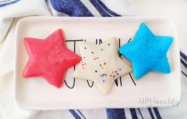 star shaped sugar cookies with red white and blue frosting