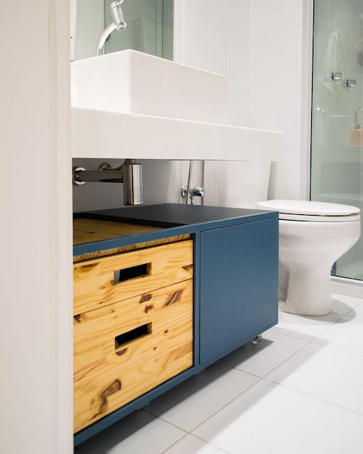 armario-colorido-banheiro