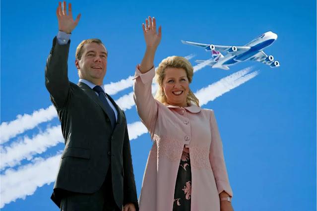 За чей счет летает С. Медведева? сам премьер-министр, который получает 800 000 р. в месяц, может оплатить за эти деньги лишь 1 час полета на частном самолете