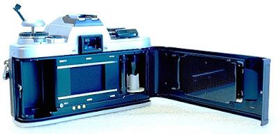Minolta X-500, Film box