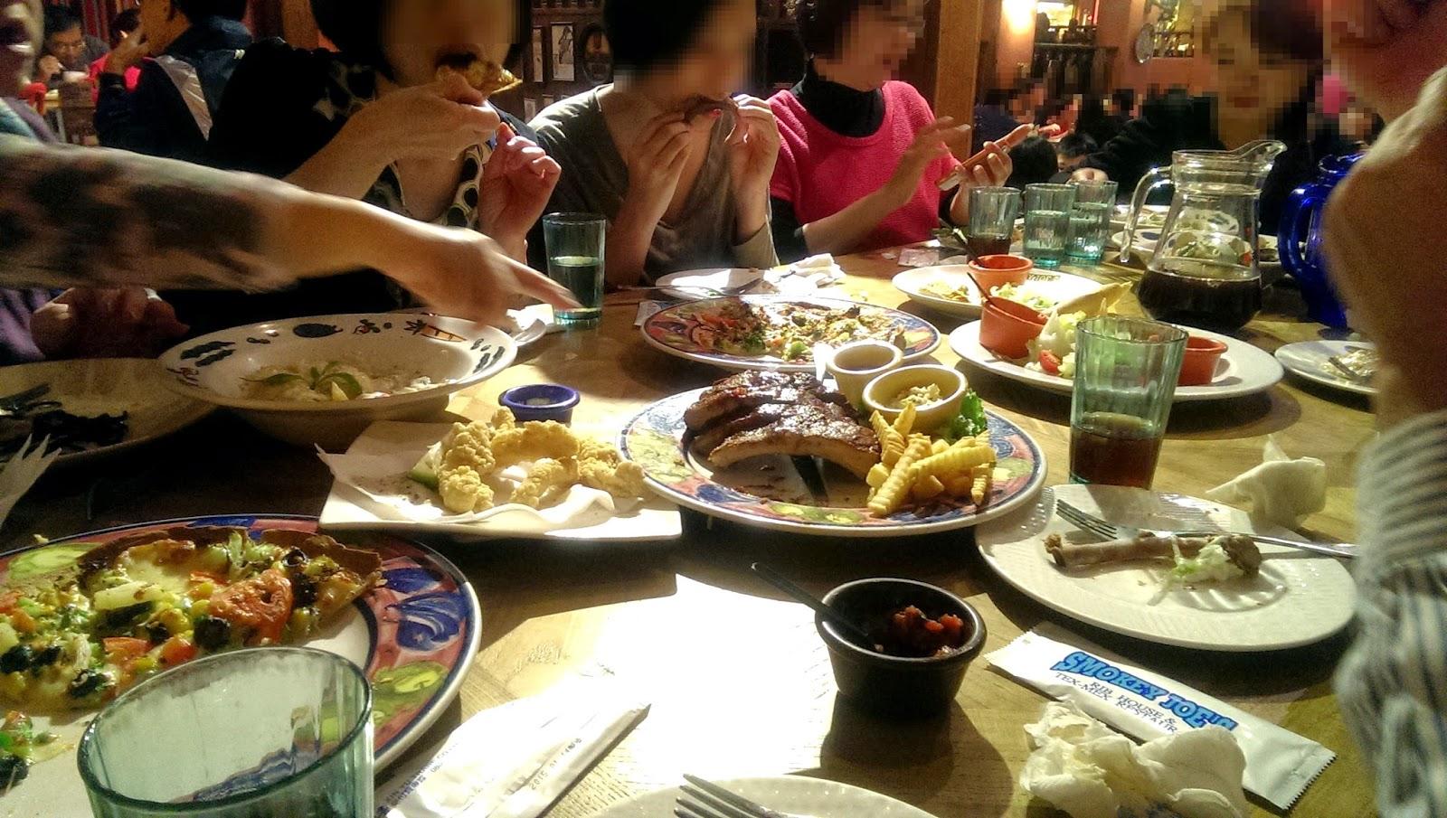 2015 01 24%2B19.14.56 - [食記] Smokey Joe's 冒煙的喬 高雄左營的美式墨西哥餐廳!