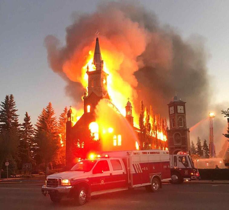 Igreja de mais de um século sofreu atentado em Morinville, Edmonton