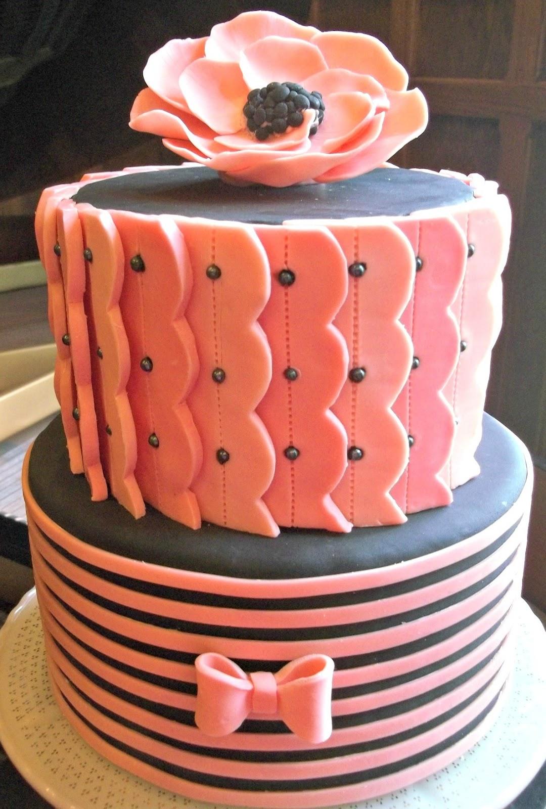 Oumas Cottage And Gluten Free Bakery Wedding Cake