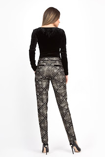 look-stylish-cu-pantaloni-cu-fir-lame-3