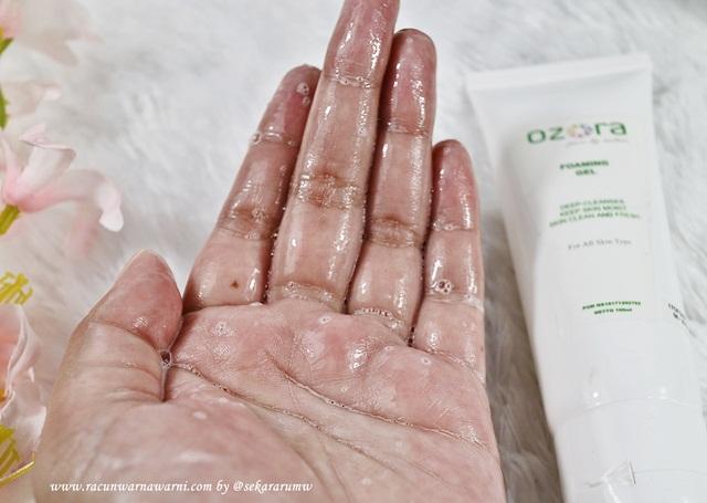 Ozora Facial Wash Texture