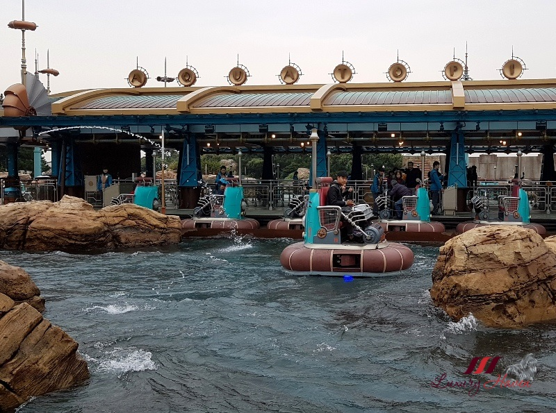 disneysea review port of discovery aquatopia