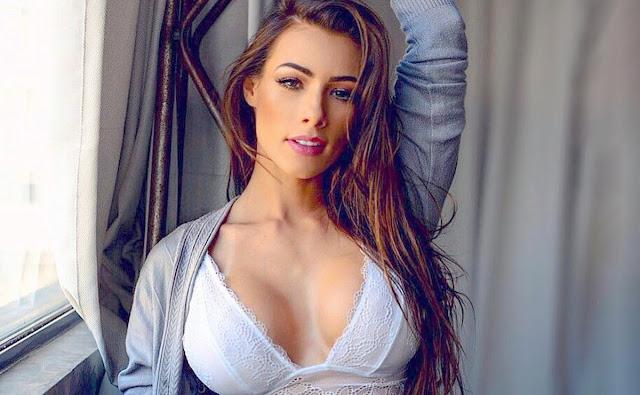 Wendy Tavares fotos sensual