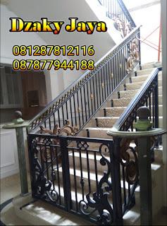 model railing tangga besi tempa, railing tangga klasik, railing tangga besi ulir (10)