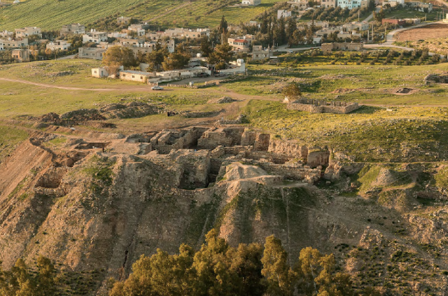 Excavations at Jordan's Pella unearth trove of 'exceptional' artefacts