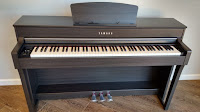 Yamaha CLP-645 digital piano