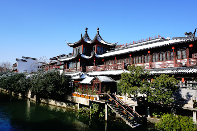Traditional architecture along the Qinhuai River