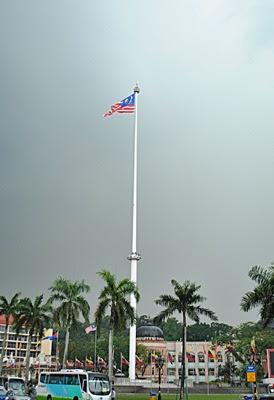 Tiang Bendera Malaysia - Sekitar Dunia Unik