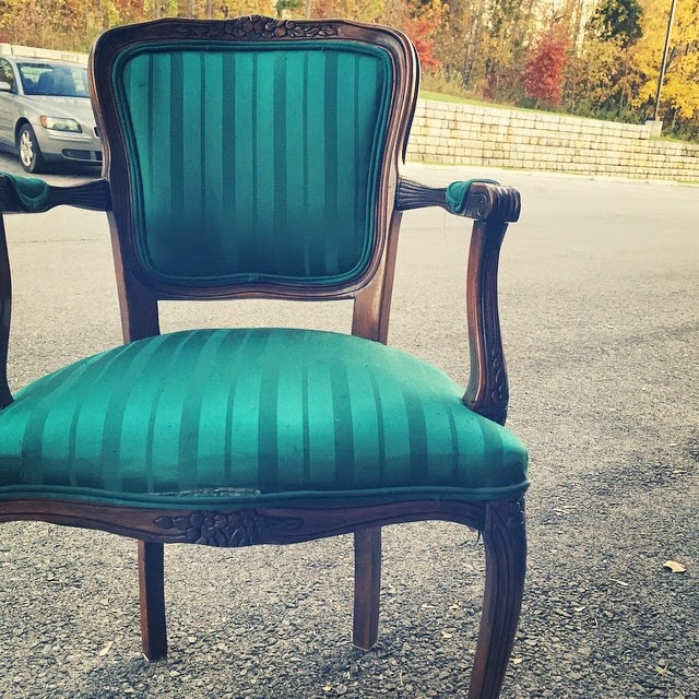 #thriftscorethursday Week 41 | Instagram user: sarahmdorseydesigns shows off this Amvet Chair