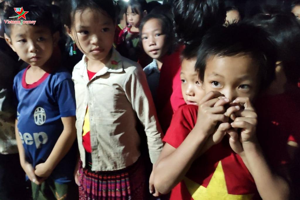 Tấm lòng 92 - Trò nghèo Nậm Ban - Nậm Nhùn - Lai châu,