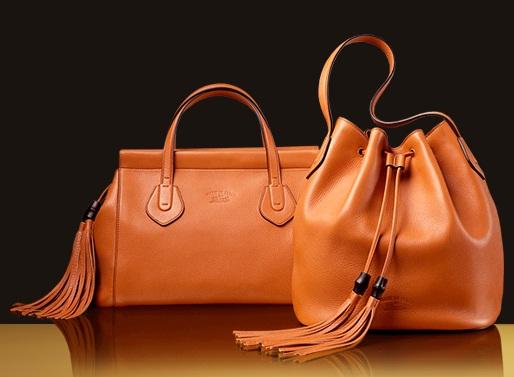 Gucci merupakan brand fashion yang berasal dari negara Italia. Gucci  memproduksi berbagai macam produk fashion seperti tas 79aeb85c50
