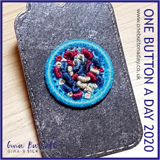 One Button a Day 2020 by Gina Barrett - Day 119 : Wiggly
