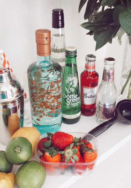 Silent Pool Gin cocktail making kit from Mix and Twist UK