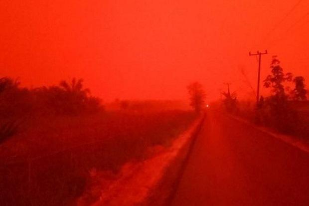 Media Inggris: Kabut Asap Indonesia Jadi Merah Darah