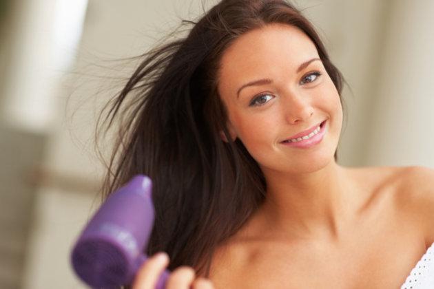 Tips Cara Mengeringkan Rambut Ala Profesional ~ Berbagi Info cda982d3c0