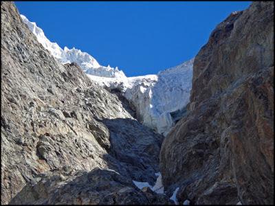 Monte Pelvoux, serac amenazante