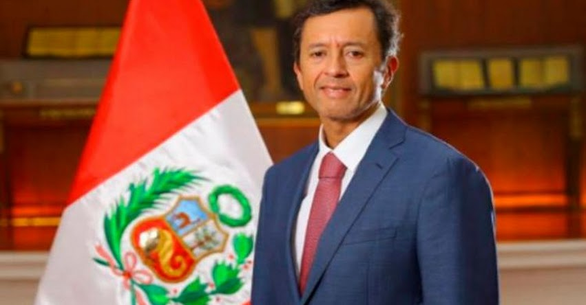 MEF: David Tuesta Cárdenas juramentó como nuevo Ministro de Economía y Finanzas (2 Abril 2018) www.mef.gob.pe