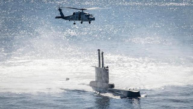 Solido puente submarino de acero HY80, entre Alemania y Perú