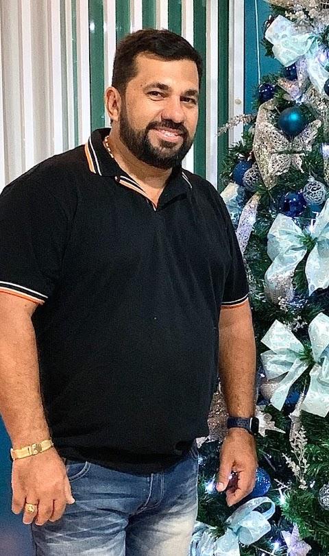 Prefeito Séliton Miranda antecipa salário dos servidores municipais de São Raimundo do Doca Bezerra