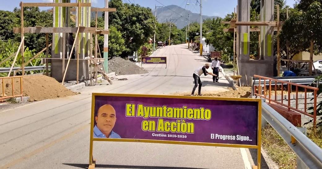 VER IMÁGENES, EN SABANETA: Director de la junta distrital construye varias obras, entre ellas un nuevo edificio municipal