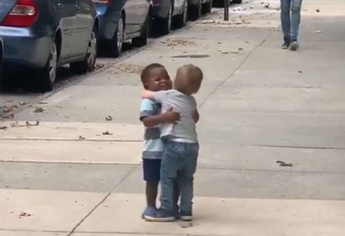 Amazing Huge From Toddler Best Friends